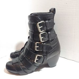 Marc Jacobs side buckle,ankle boots.
